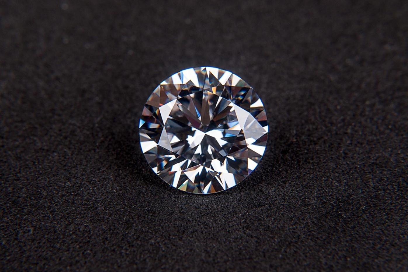 Diamante sul dente
